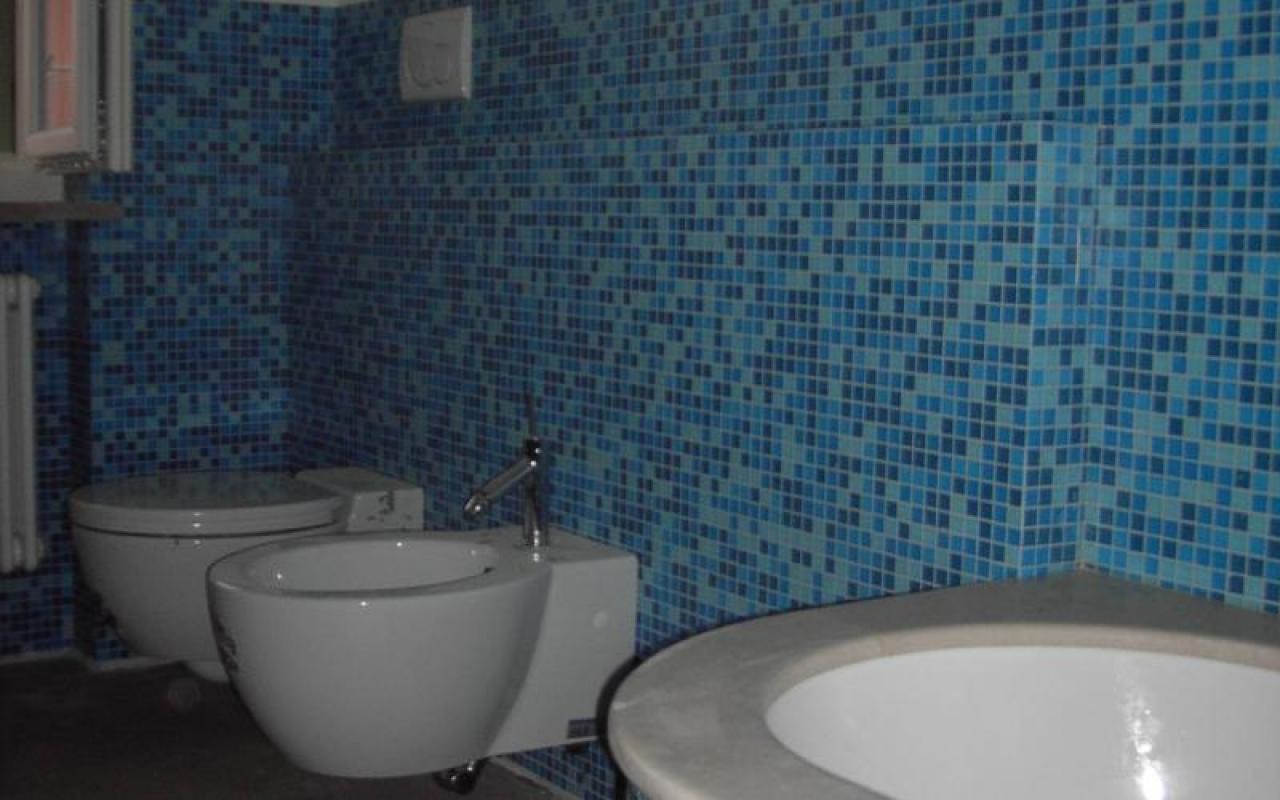Piastrelle bagno mosaico azzurro affordable gallery of ruvido