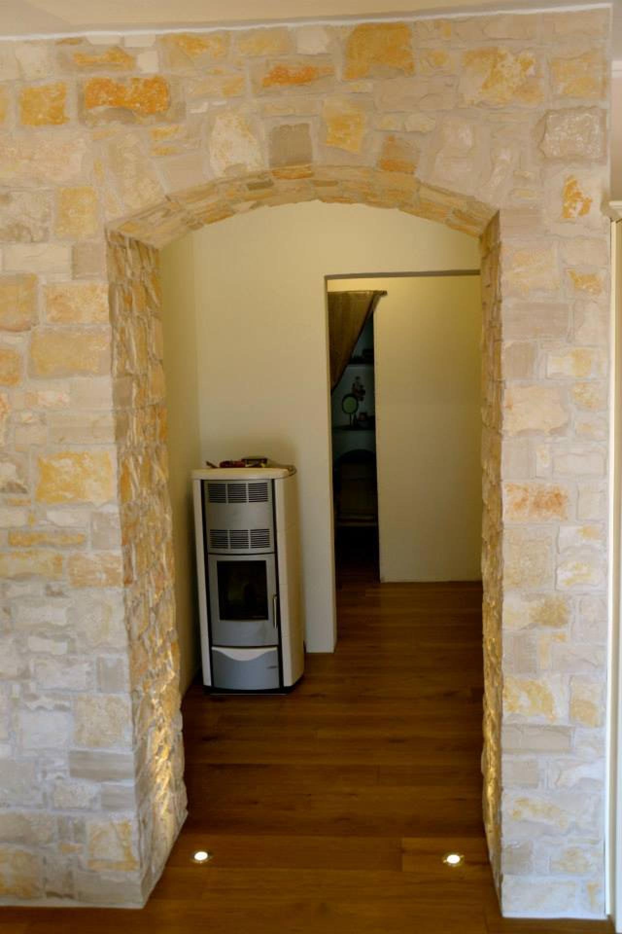 Rivestimenti in pietra interni ed esterni fratelli pellizzari - Rivestimento parete interna ...