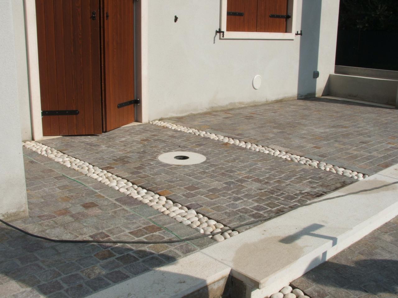 Pavimento Esterno Pietra : Pavimento esterno in pietra porfido e ciottolo verona fratelli