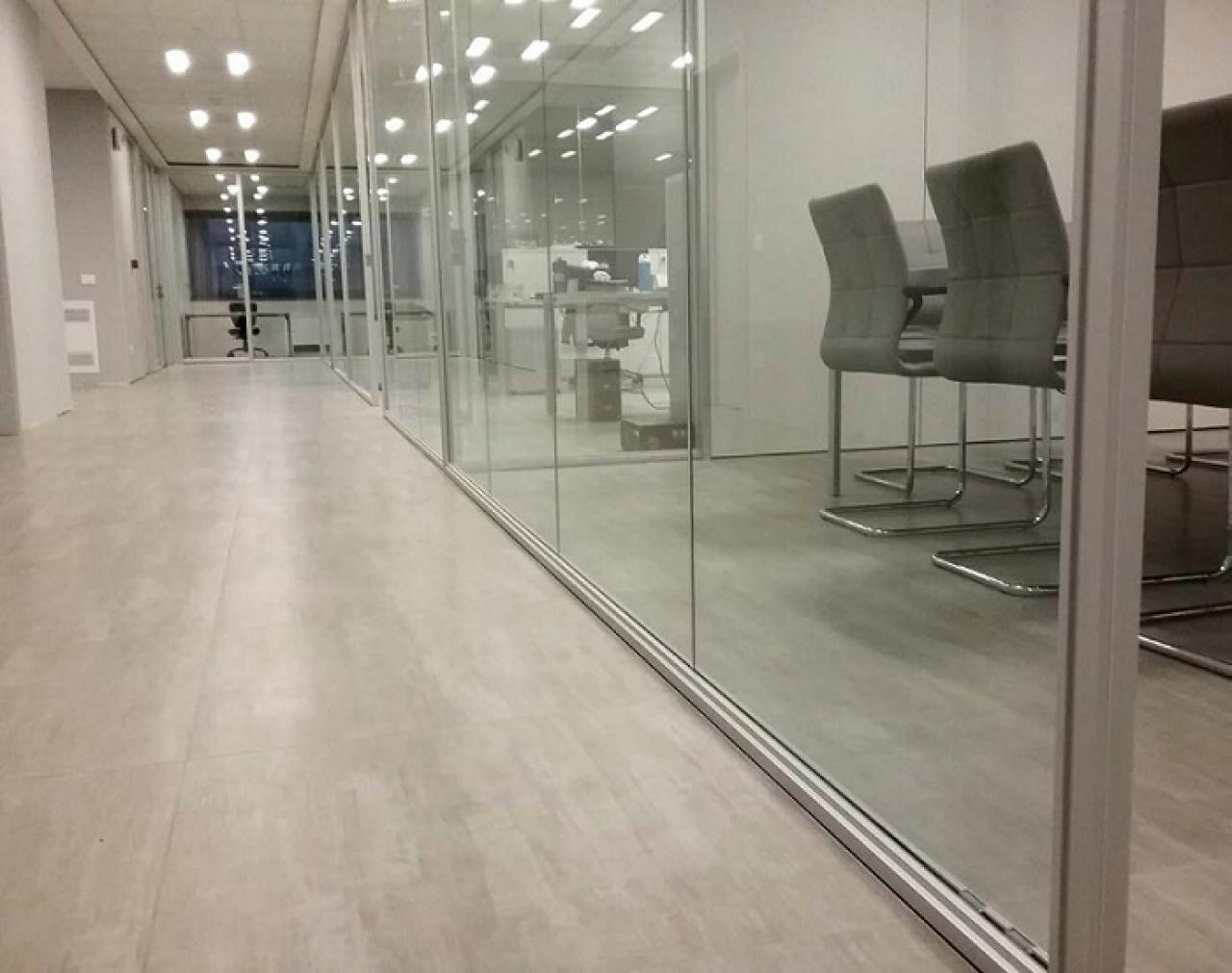 Pavimenti per uffici moderni e resistenti fratelli for Uffici moderni