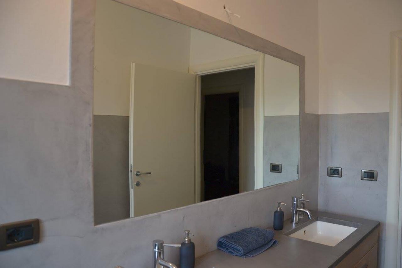 Bagno chiavi in mano sanitari e arredo bagno a vicenza e - Specchio bagno incassato ...