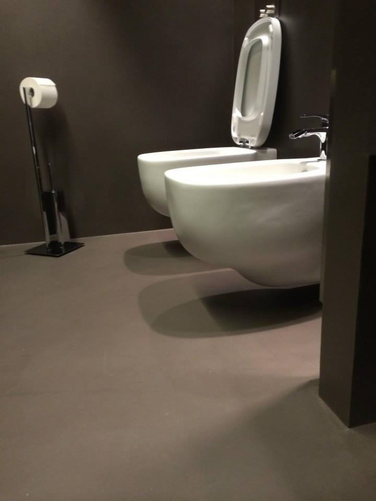 Resina kerakoll per pavimenti e rivestimenti vicenza - Resina piastrelle bagno ...