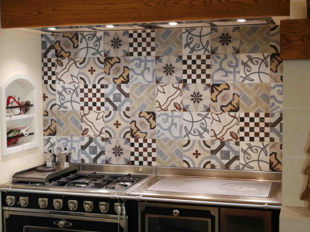Le cementine piastrelle decorate in gres porcellanato fratelli pellizzari - Livellatori per piastrelle ...