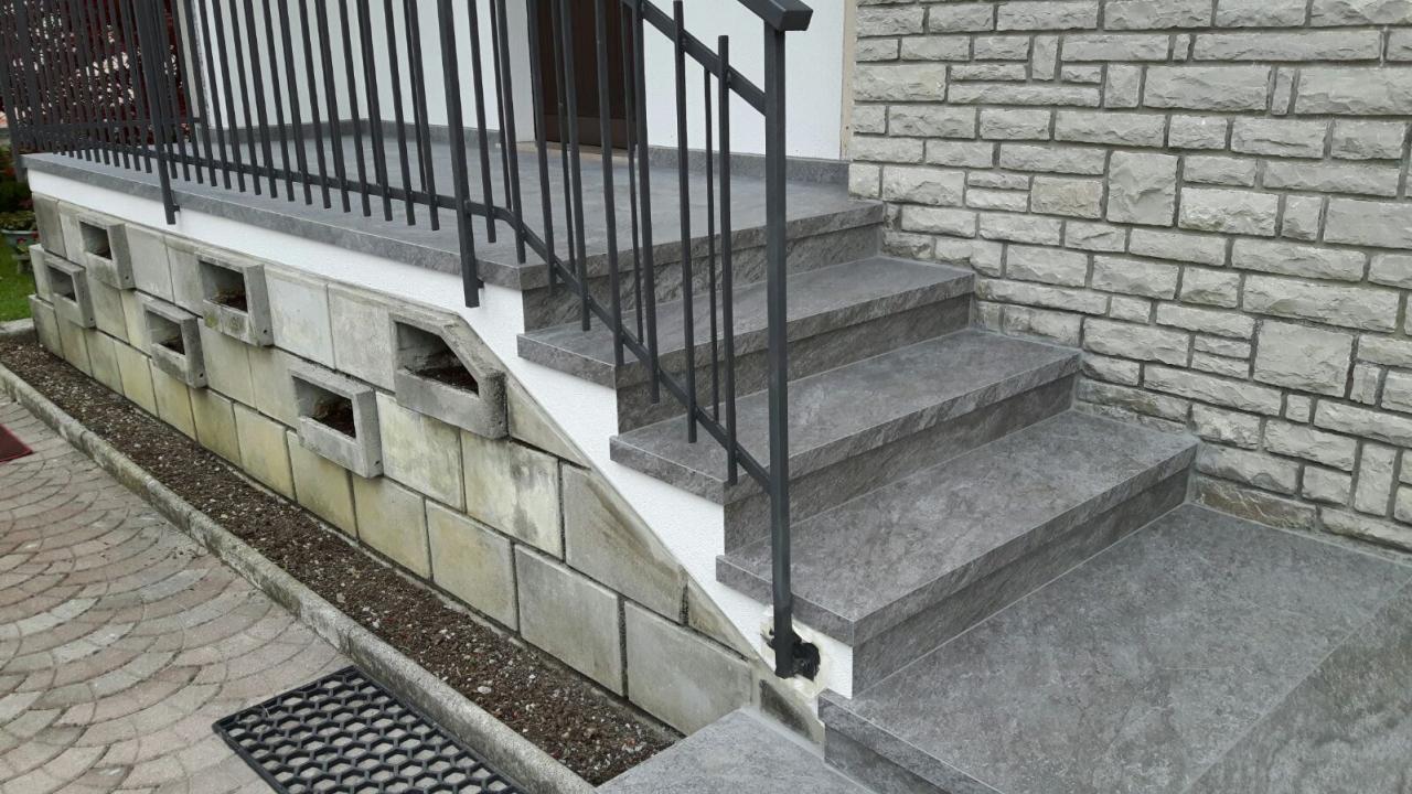 Scale interne di case tra vicenza e verona fratelli pellizzari - Scale per esterno in muratura ...