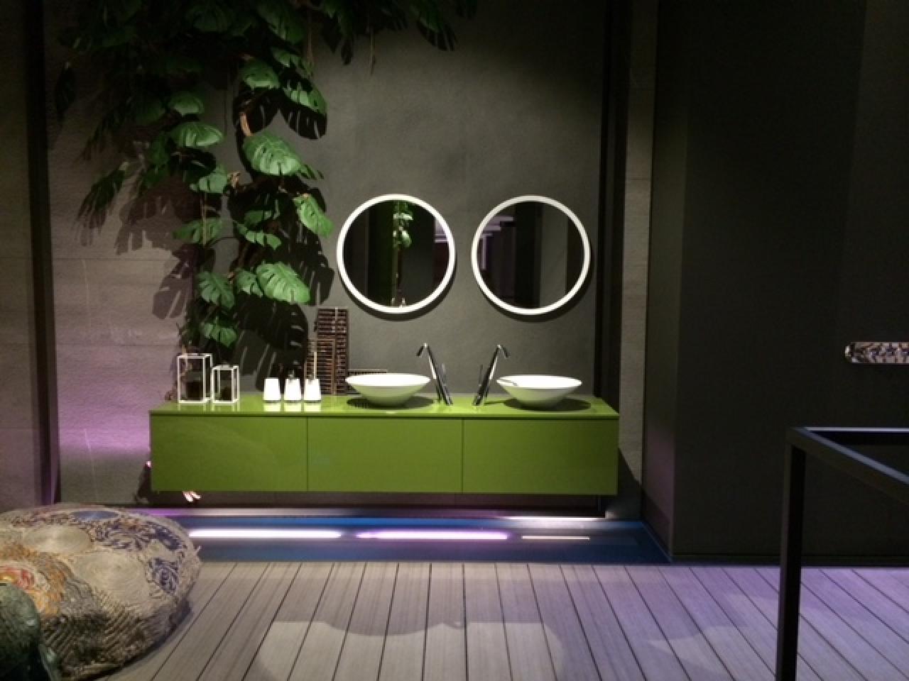 Specchi da bagno fratelli pellizzari - Lo specchio di beatrice wikipedia ...