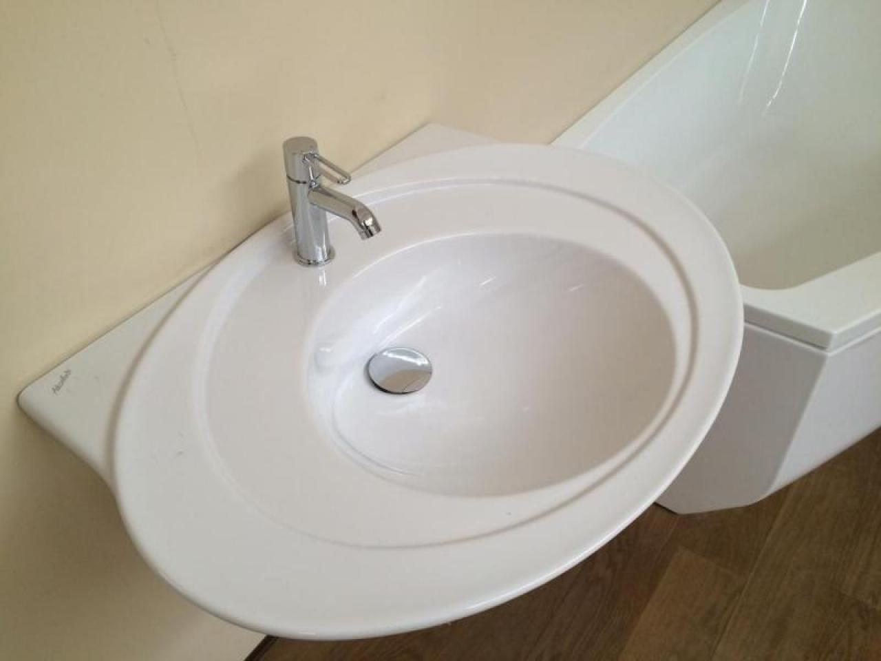 Lavabo bagno in ceramica prezzi outlet vicenza fratelli pellizzari