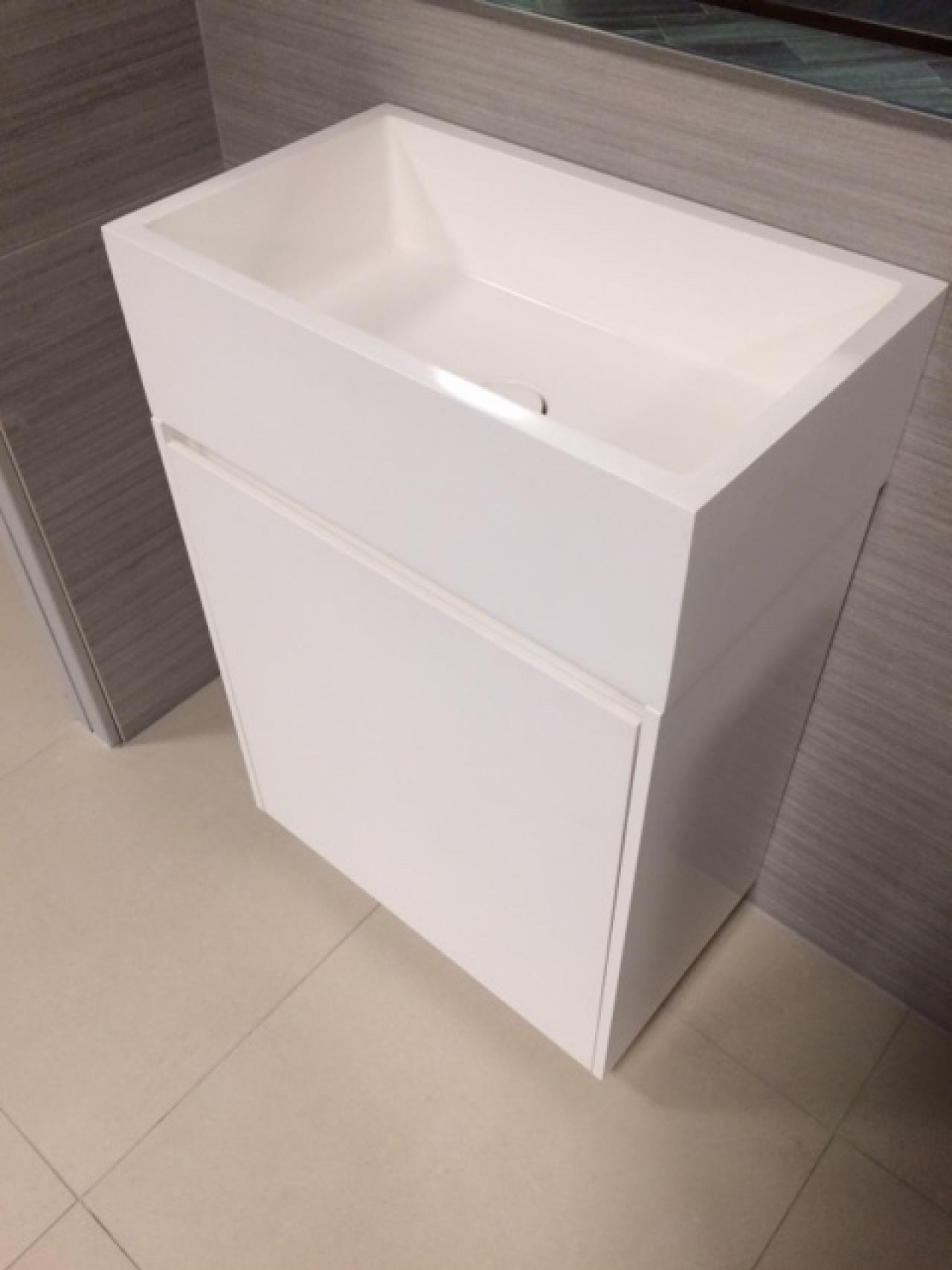 Mobile bagno freestanding casabath prezzo outlet a for Outlet mobili vicenza