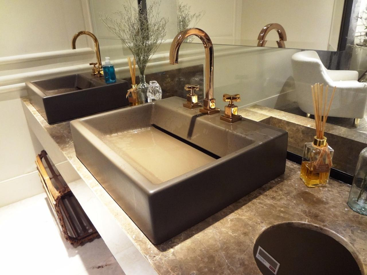 Come Pulire Il Lavabo In Resina quale lavabo scegliere? freestanding, appoggio, sospeso