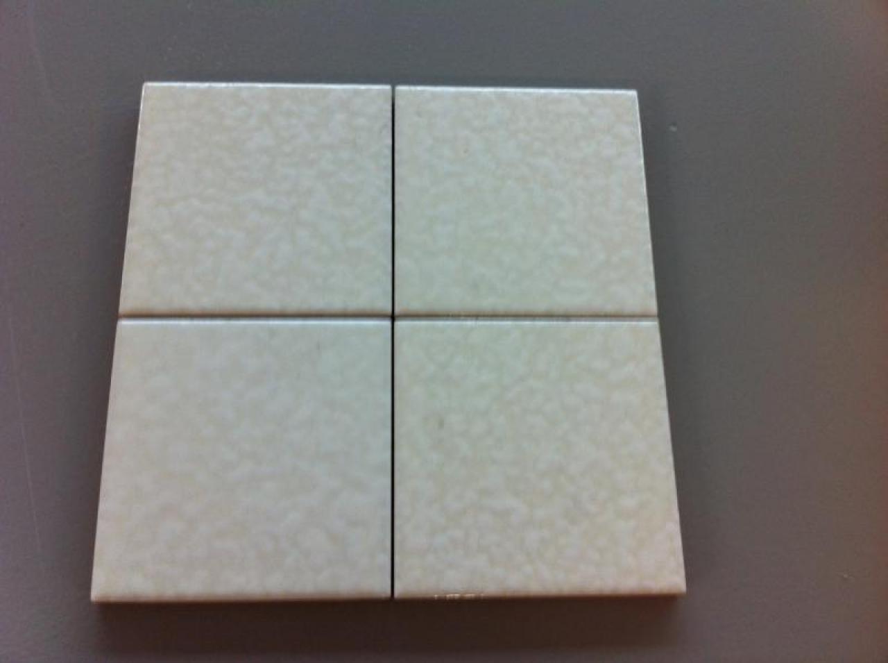 Rivestimento classico in ceramica bianca - outlet piastrelle Vicenza ...